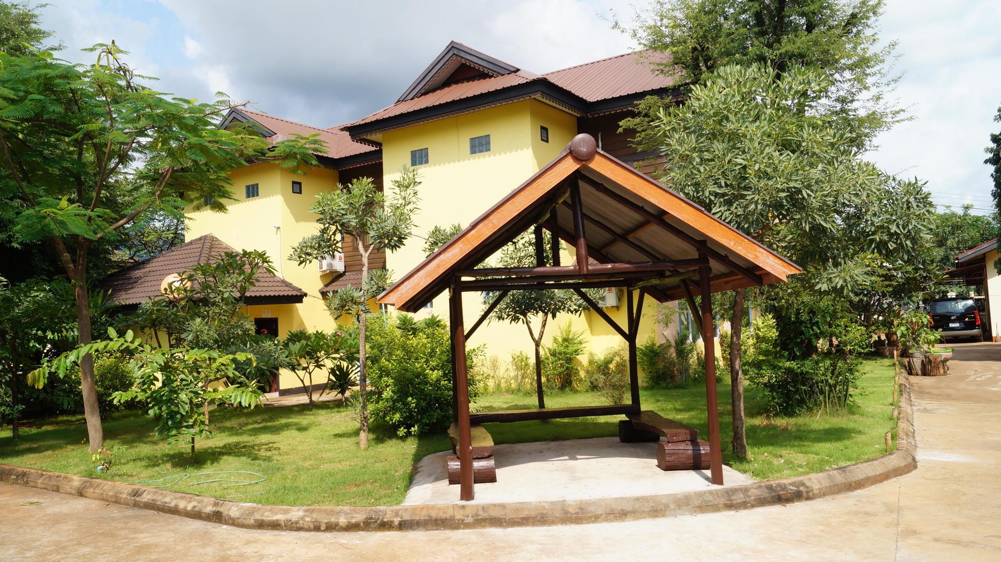 Villa Phetsamone, Pakxe