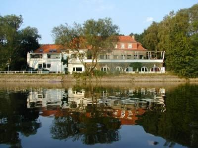 Hotel Strandhof Mohnesee, Soest