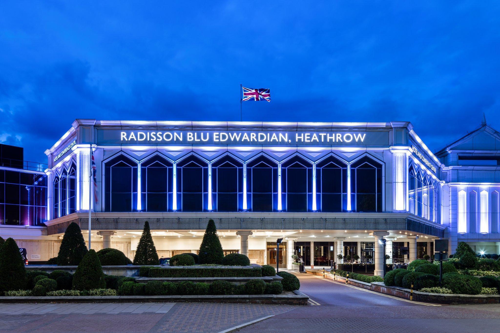 Radisson Blu Edwardian Heathrow - Heathrow Airport, London