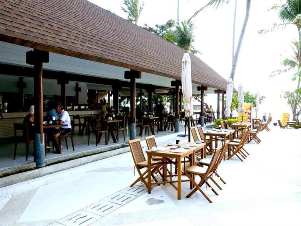 アイヤラ ビーチ ホテル & プラザ18