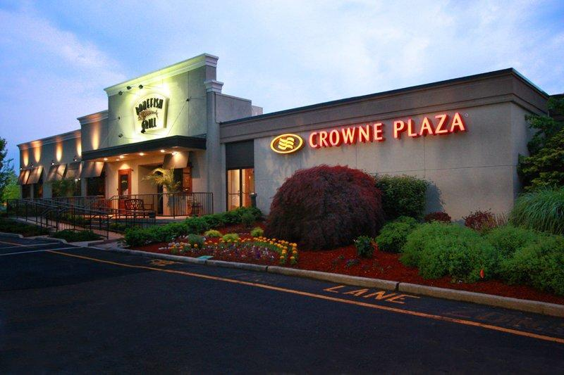 Crowne Plaza At Paramus Park Hotel, Bergen