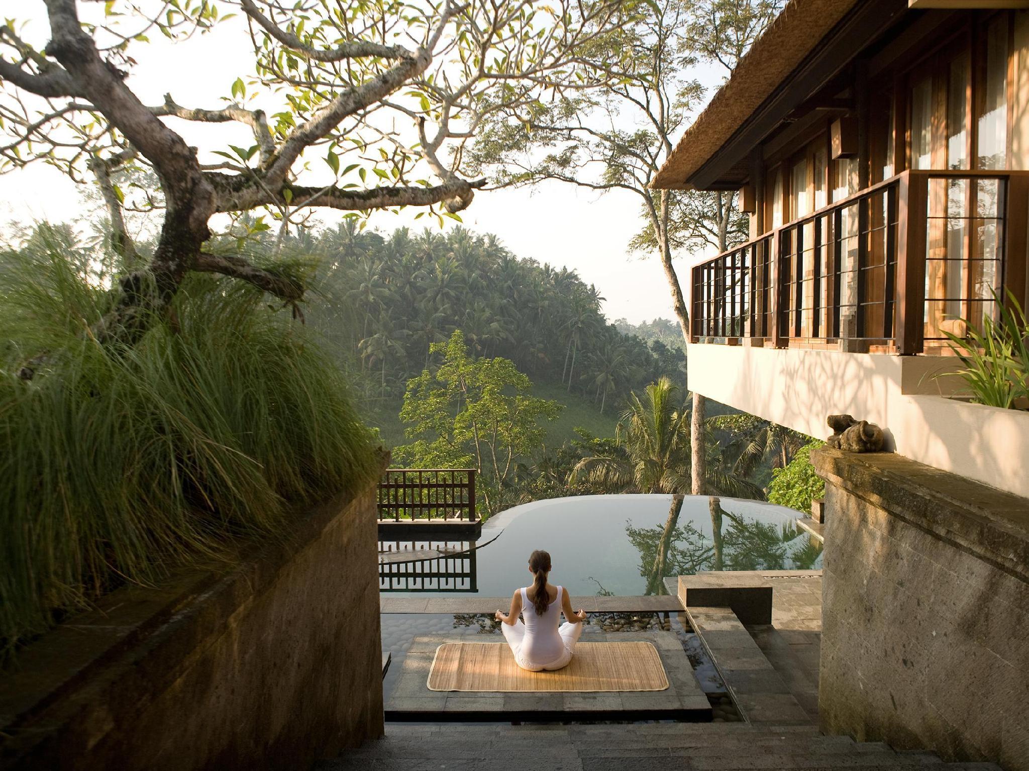 http://pix6.agoda.net/hotelImages/487/48711/48711_15061014300029150745.jpg