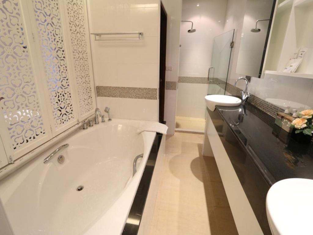 ブルカノ ホテル アット ニマン18