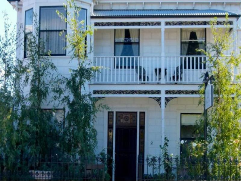 Captains Retreat B & B + Apartments, Hobsons Bay - Williamstown