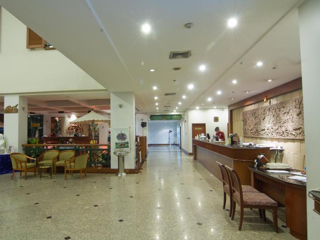 ライトーン ホテル2