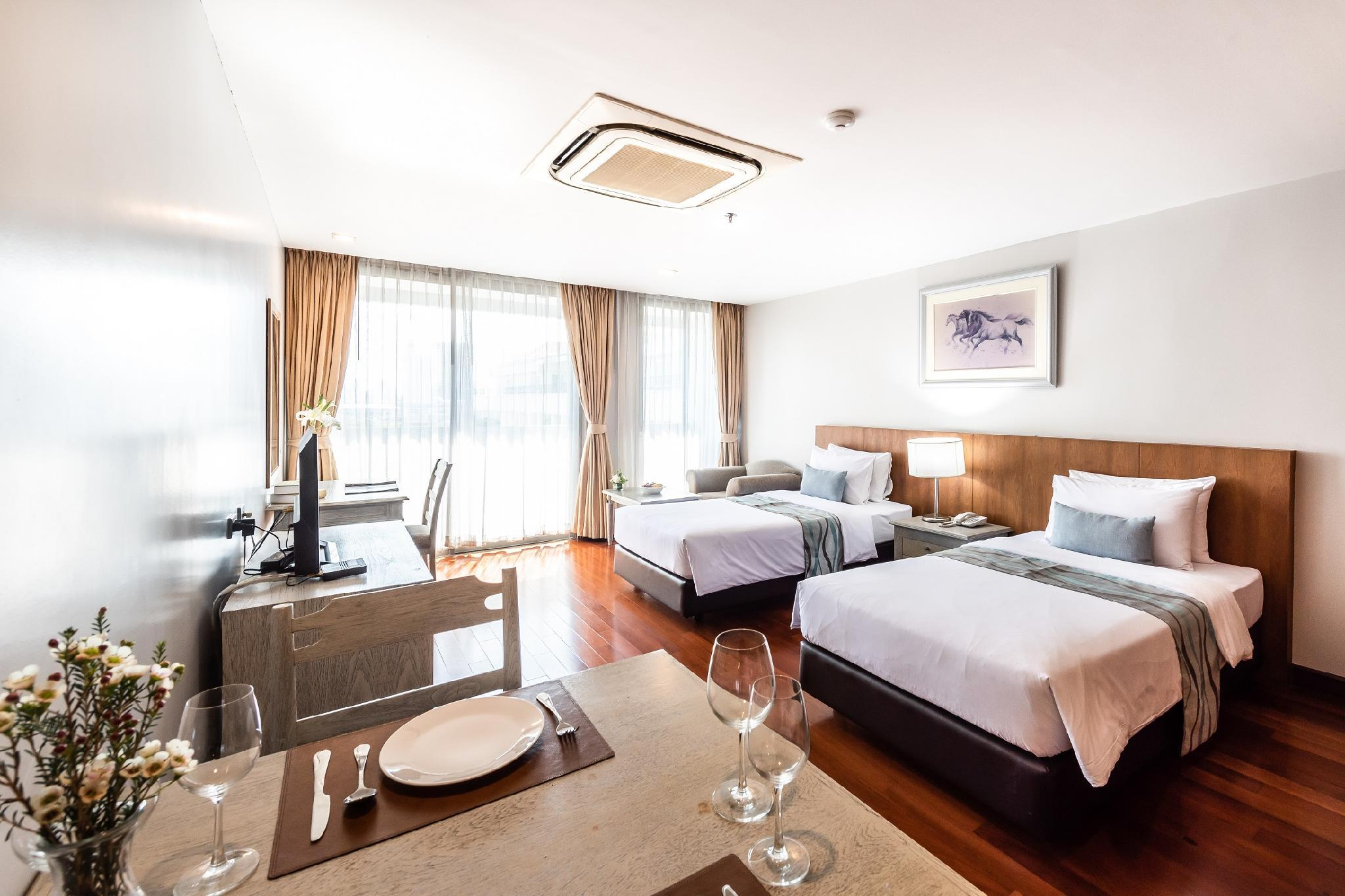 Royal Suite Hotel Bangkok, Wattana