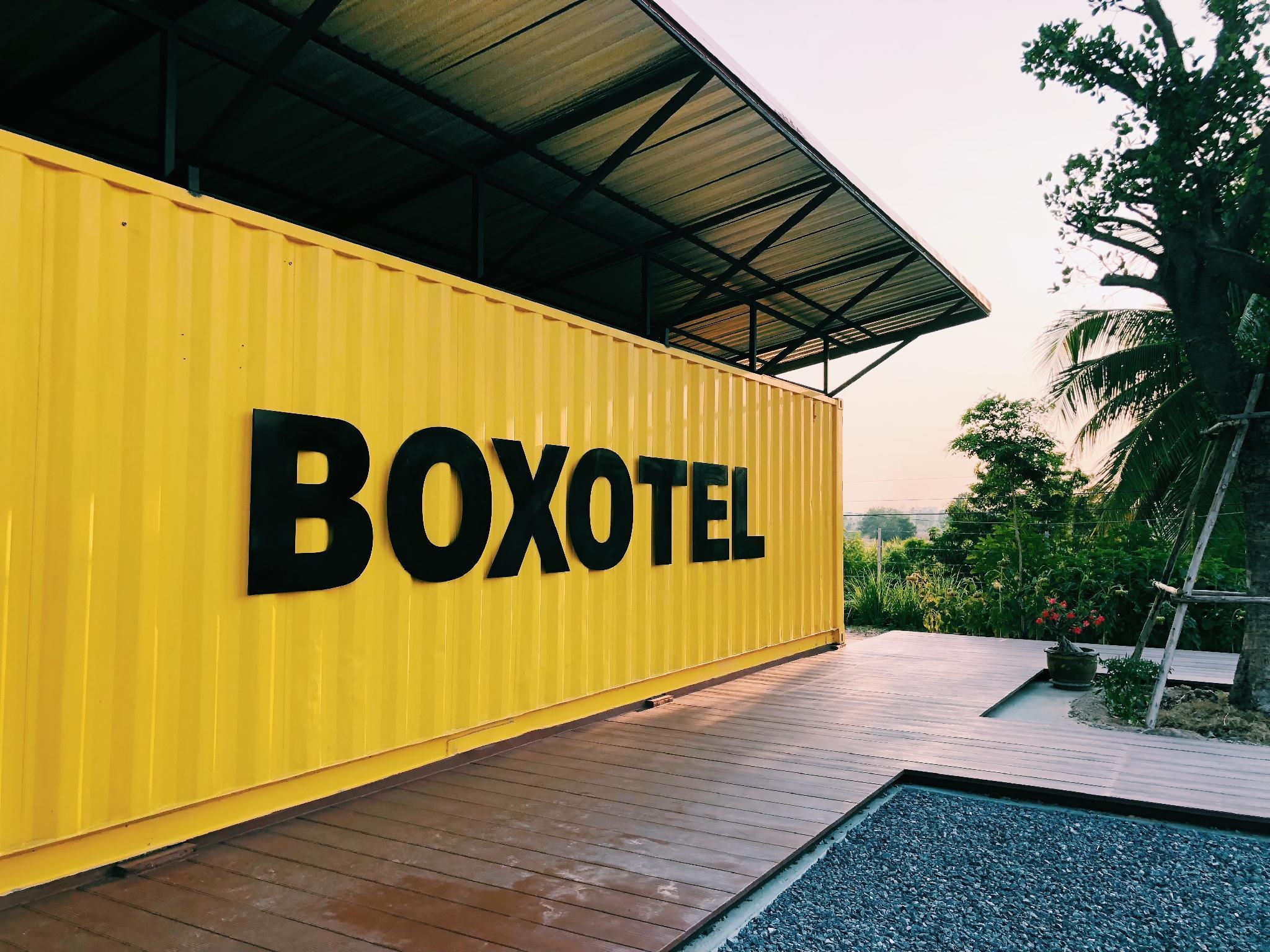 Boxotel, Muang Maha Sarakam