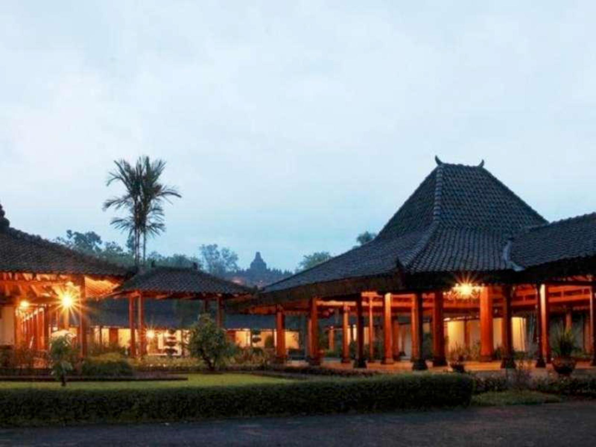 Manohara Resort, Magelang