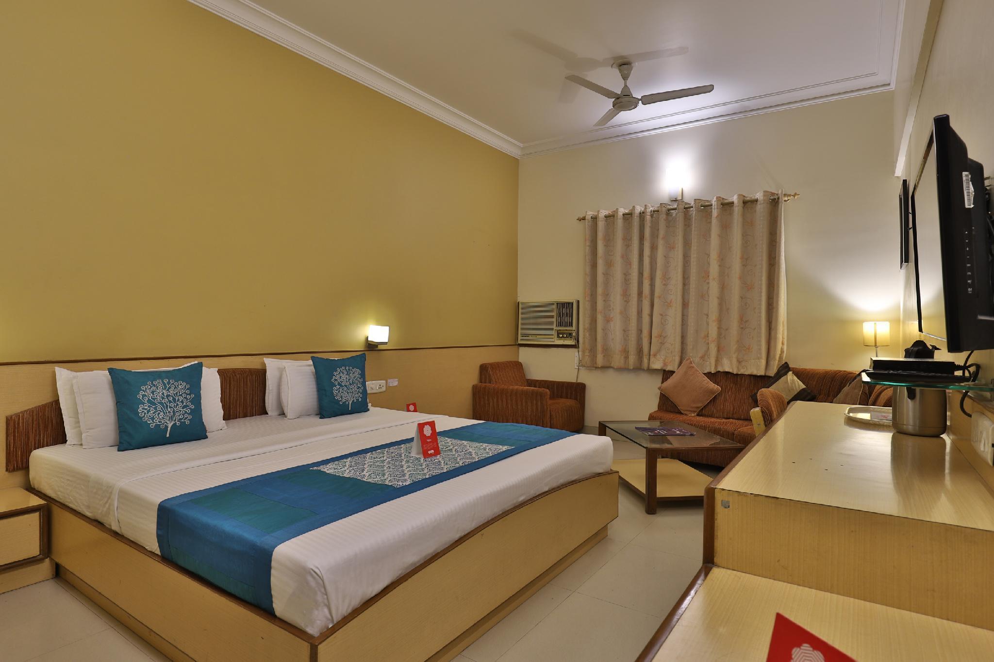 OYO 1338 Hotel Harmony, Rajkot