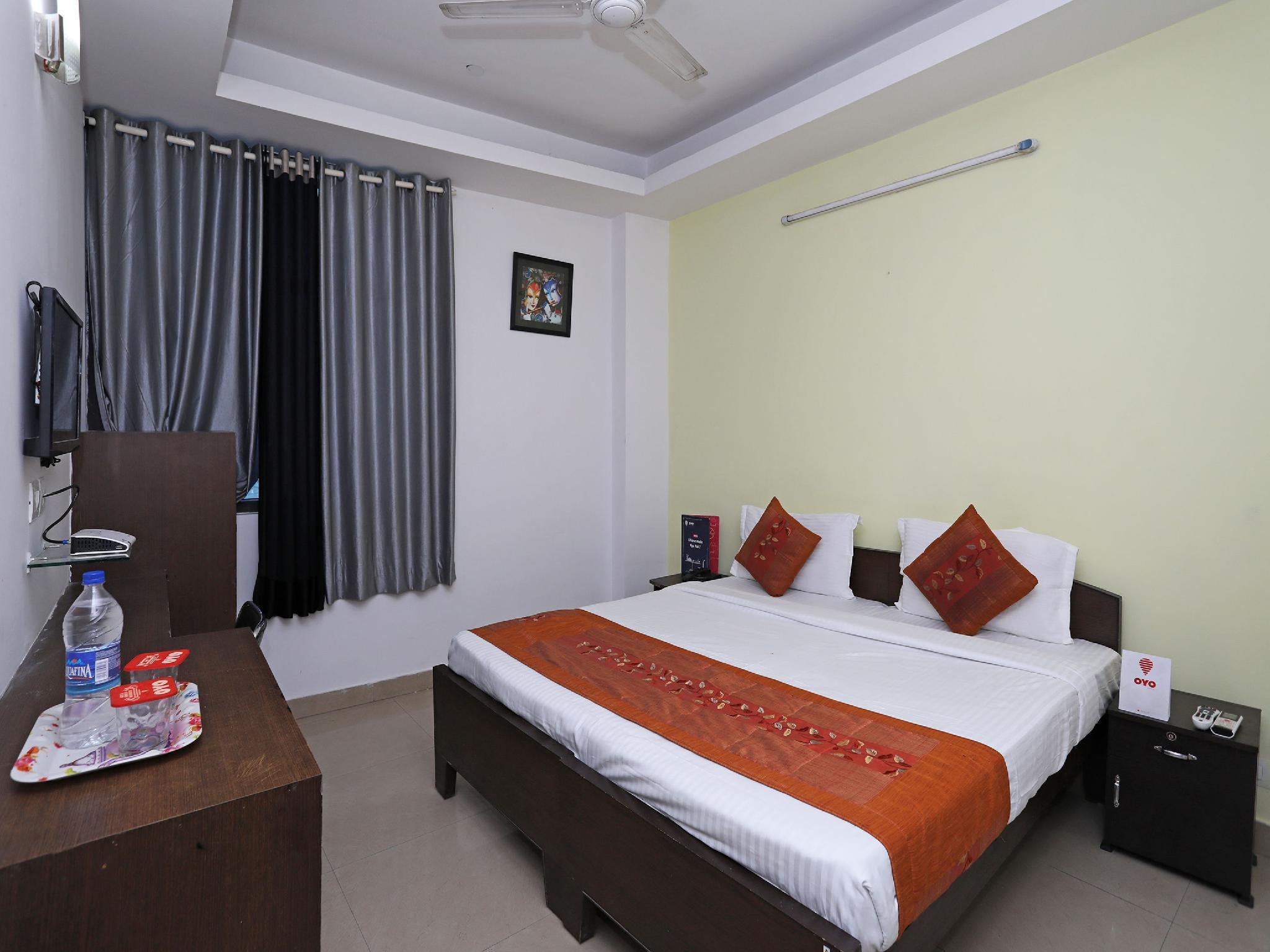 OYO 11392 The Hotel Grand Hospitality, Gautam Buddha Nagar