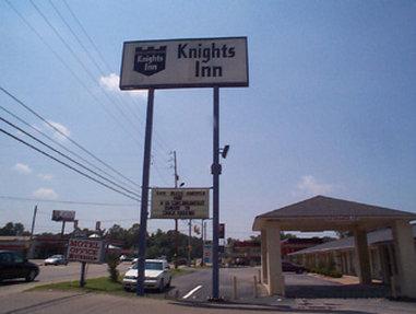 Knights Inn - Jackson, TN, Madison