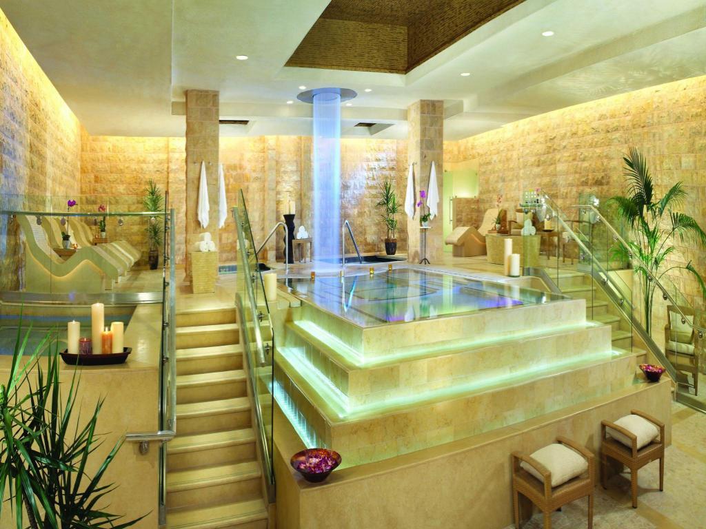 Best Hotel Rooms At Caesars Palace Las Vegas