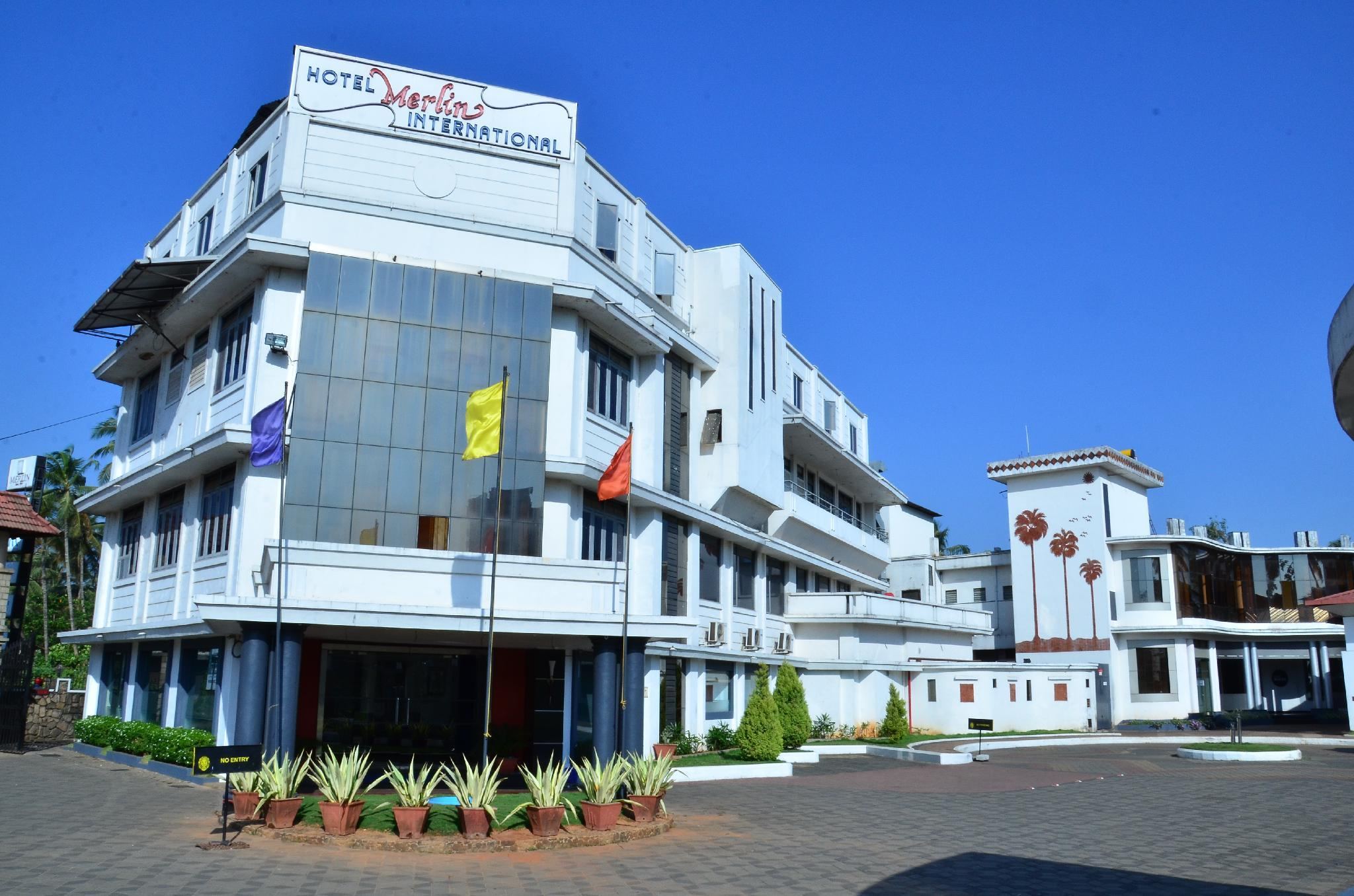 Hotel Merlin International, Thrissur