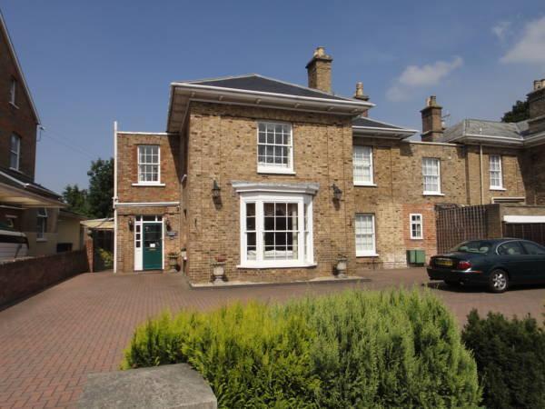 Beaufort Lodge, Somerset