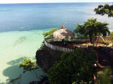 Santiago Bay Garden and Resort Camotes
