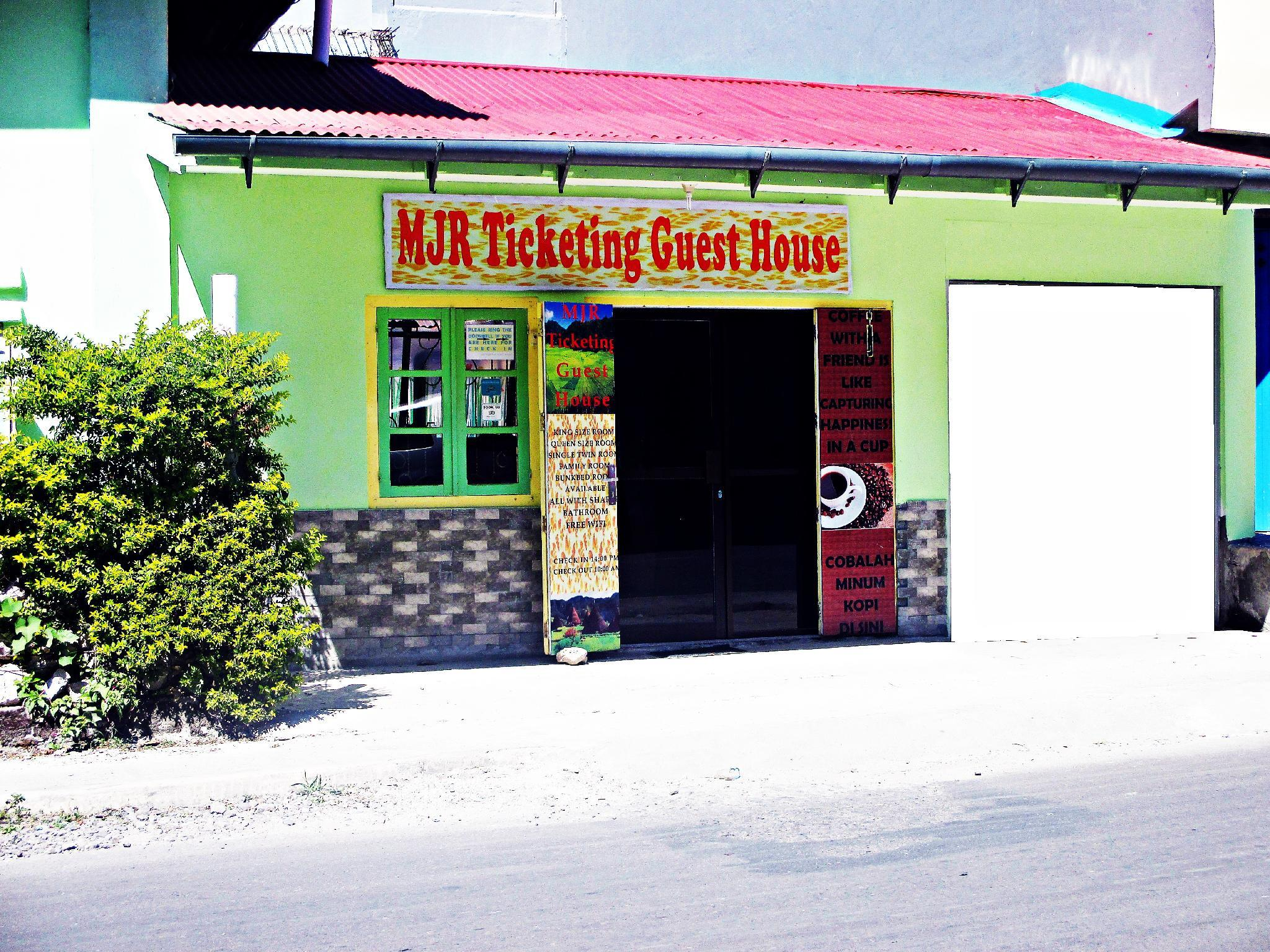 MJR Ticketing Guest House , Manggarai