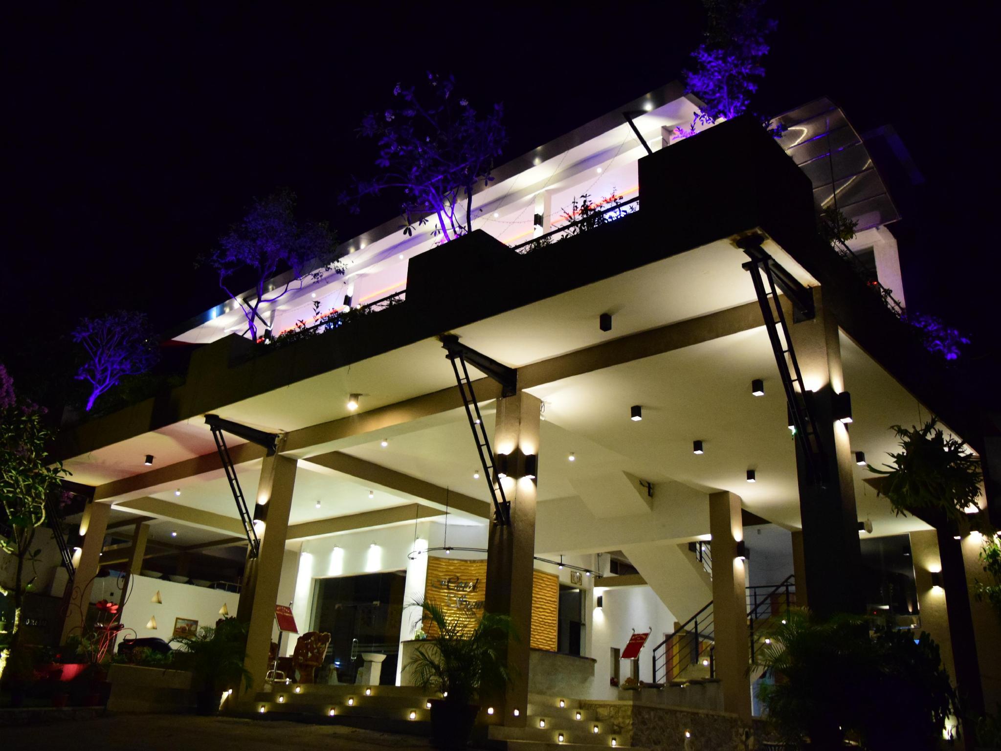 Hotel Sunrich Kandy, Harispattuwa