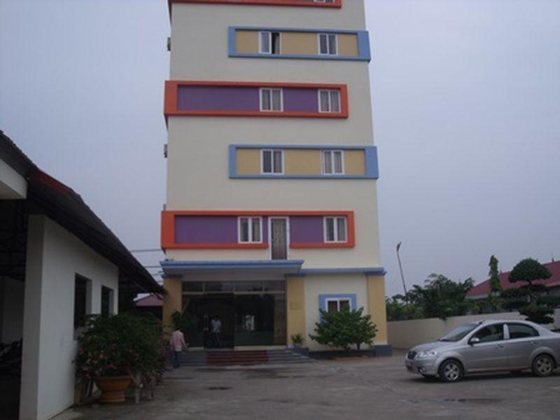 Yen Ngoc Hotel, Vĩnh Yên