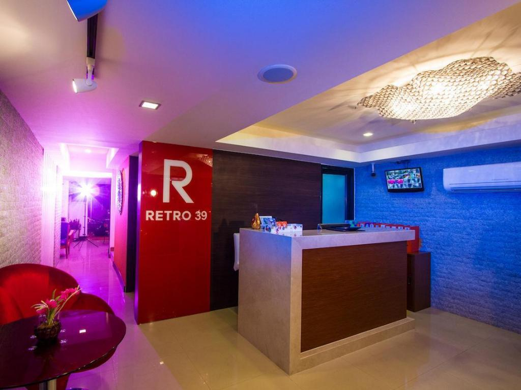レトロ 39 ホテル11
