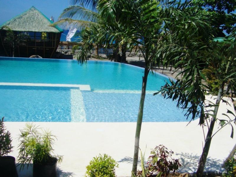 Caeli Sea Resort, Morong