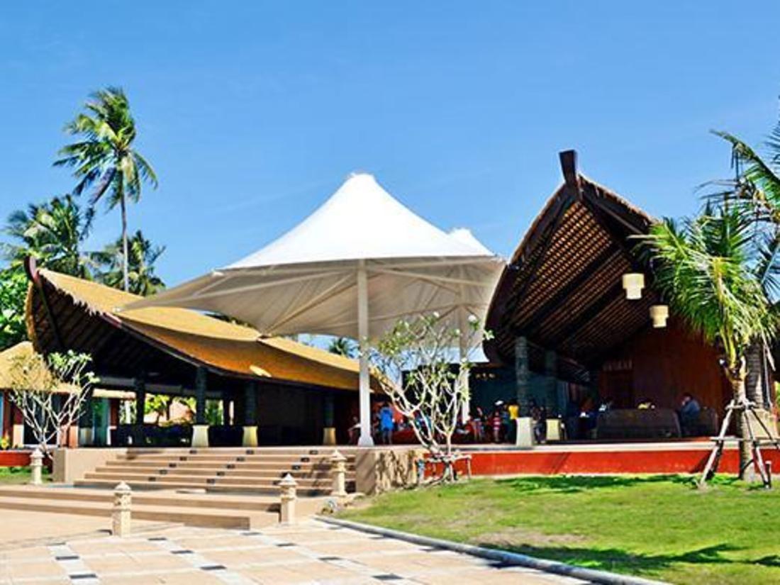 普吉岛蓝湾沙滩别墅酒店