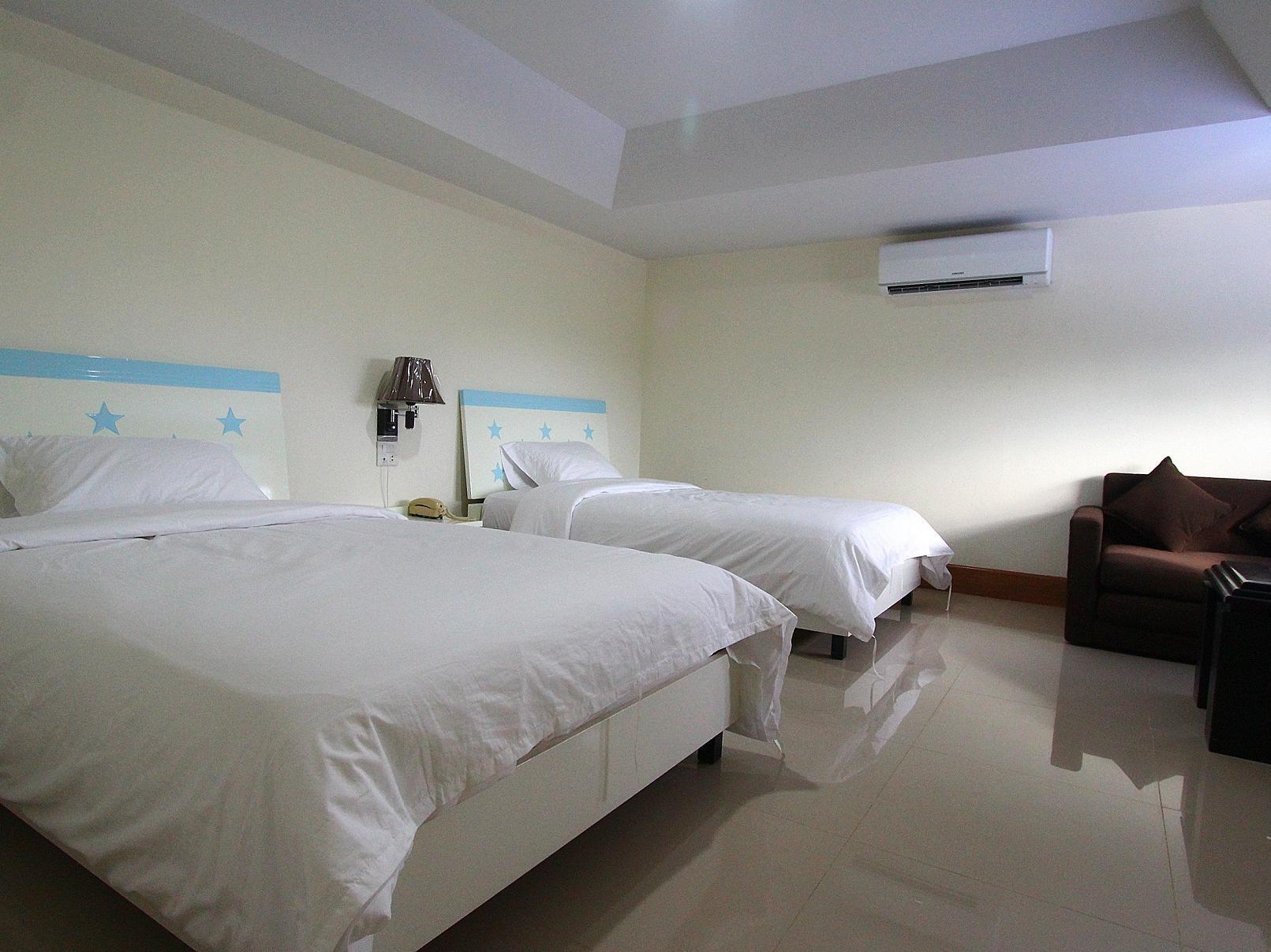 Rim Nahm Hotel, Phra Pra Daeng