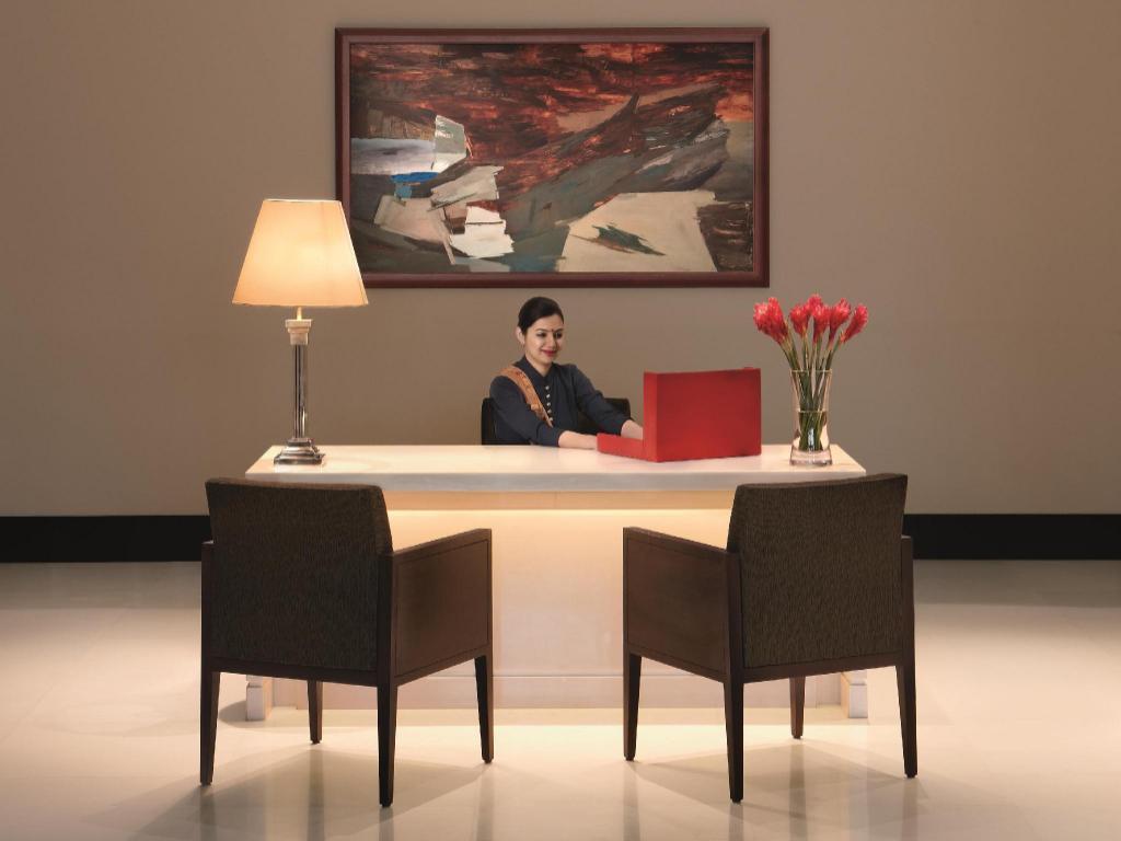 Best Price on The Oberoi Mumbai Hotel in Mumbai + Reviews!
