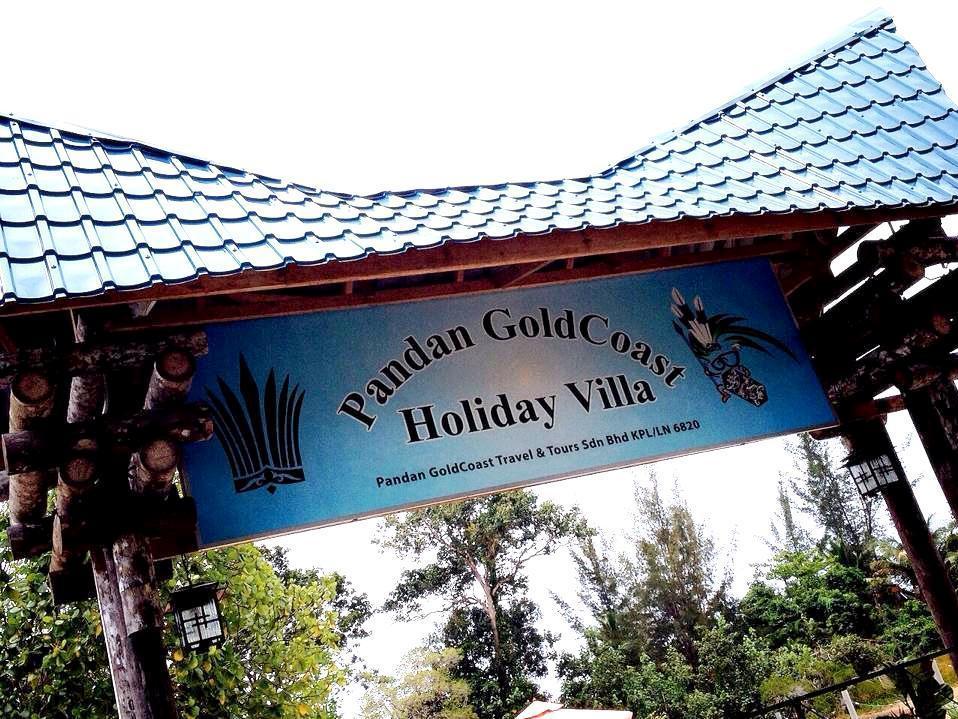 Pandan GoldCoast Holiday Villa, Lundu