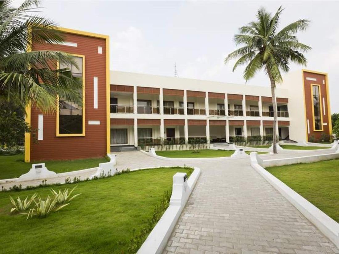 Book Golden Bay Resorts On Ecr Mahabalipuram Chennai India