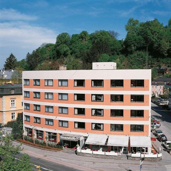 奈圖瓦飯店