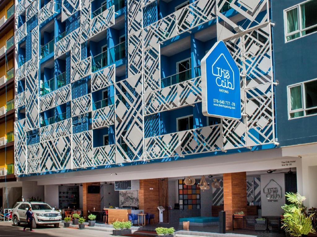 The Crib Patong Hotel11