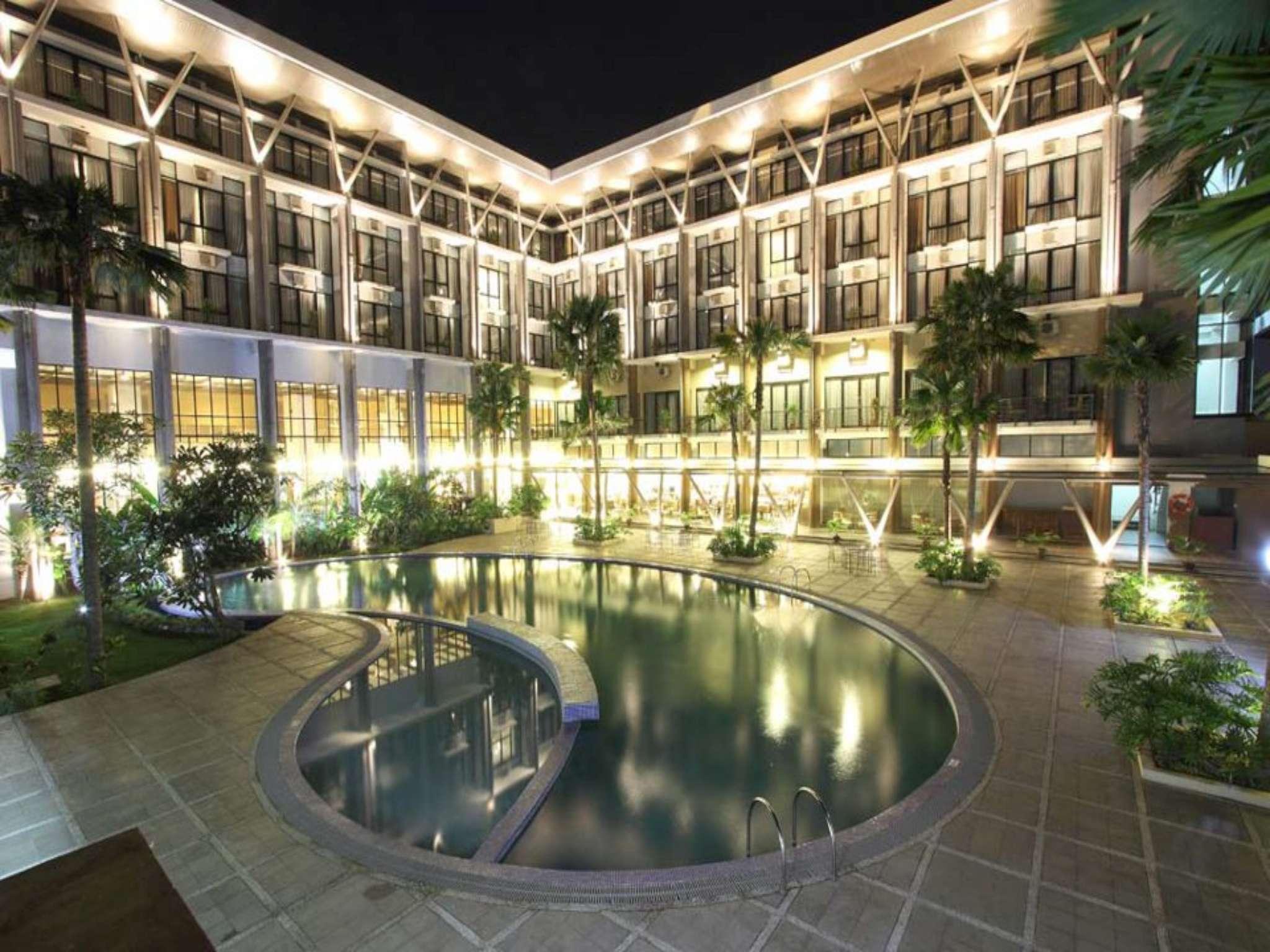 Ratu Hotel Serang, Serang