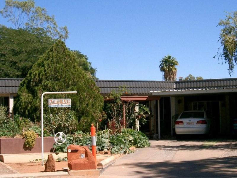 Kathys Place Bed and Breakfast, Alice Springs- Ross