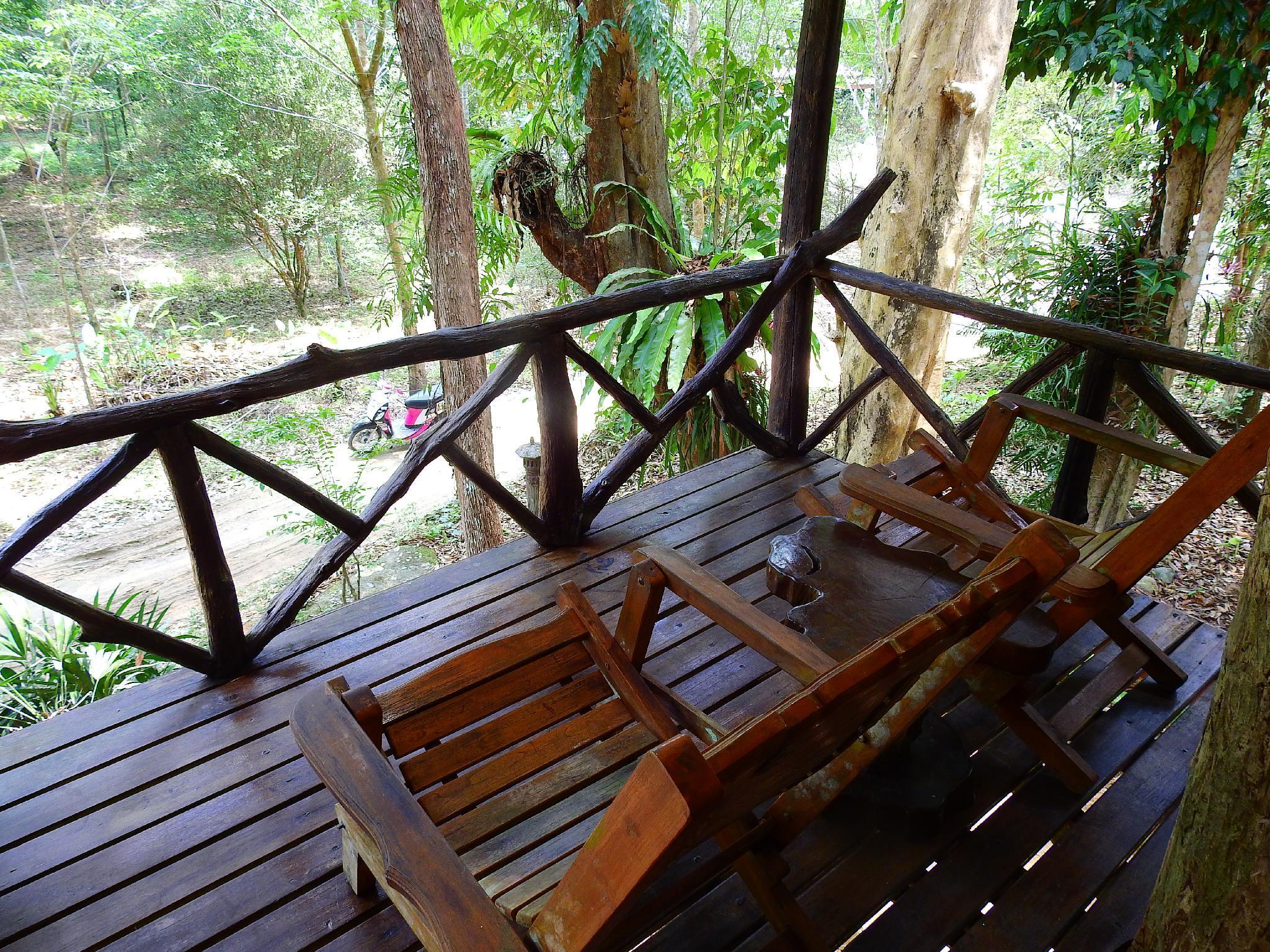 Khao Sok Nature Resort, Phanom