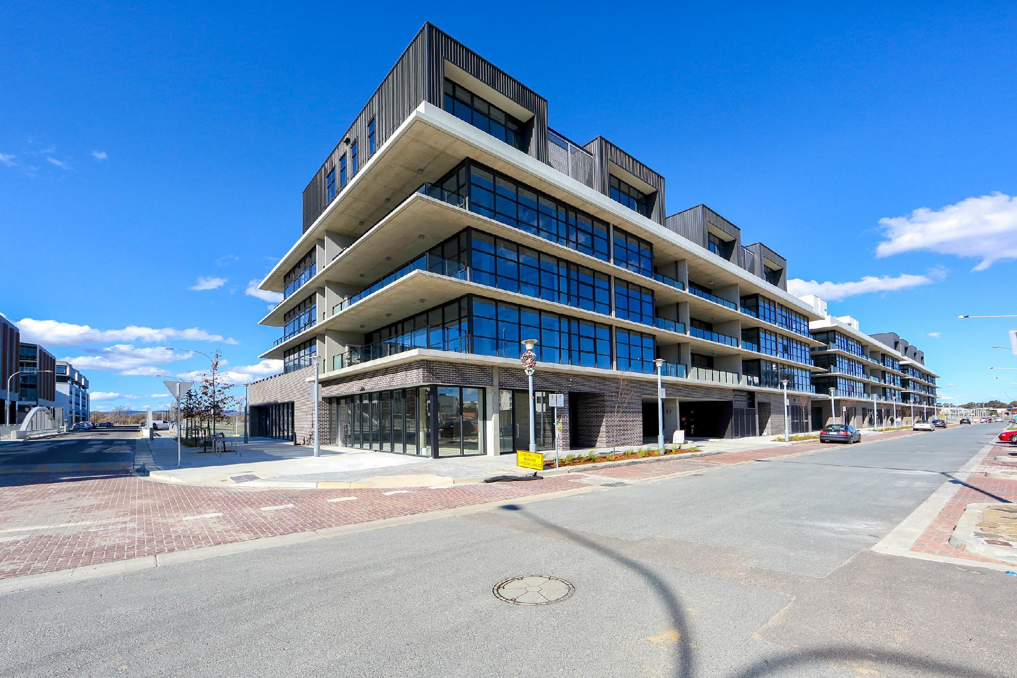 Accommodate Canberra - Dockside, Acton