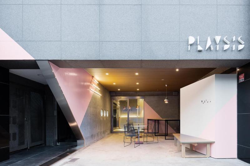 東京東普雷西斯青年旅館