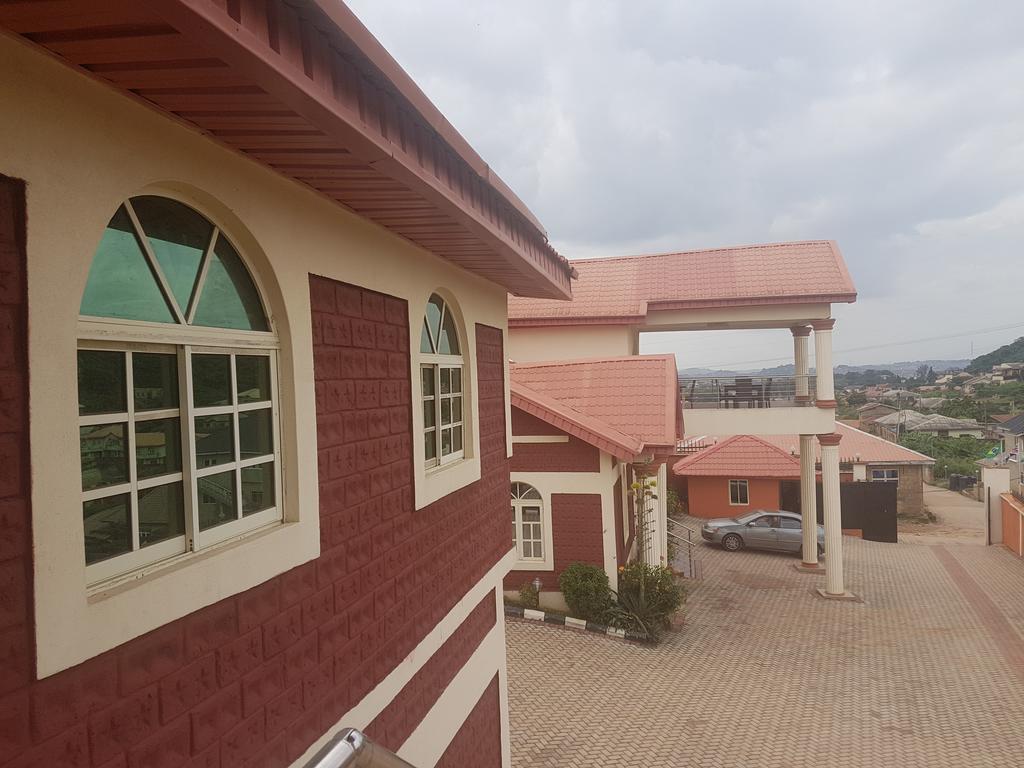 Hallmark Suites, Abeokuta, Obafemi-Owode