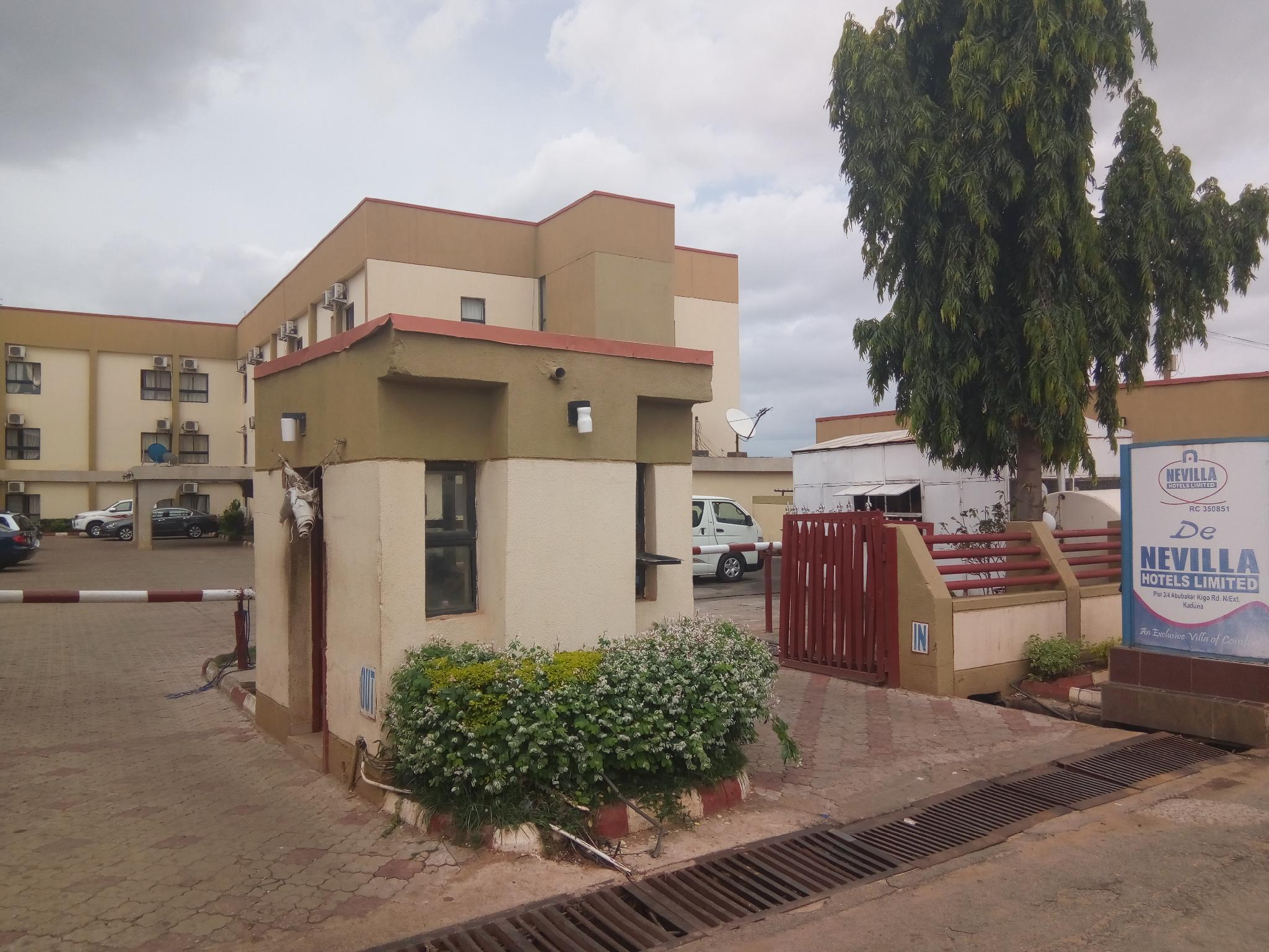 De-Nevilla Hotels, Kaduna South