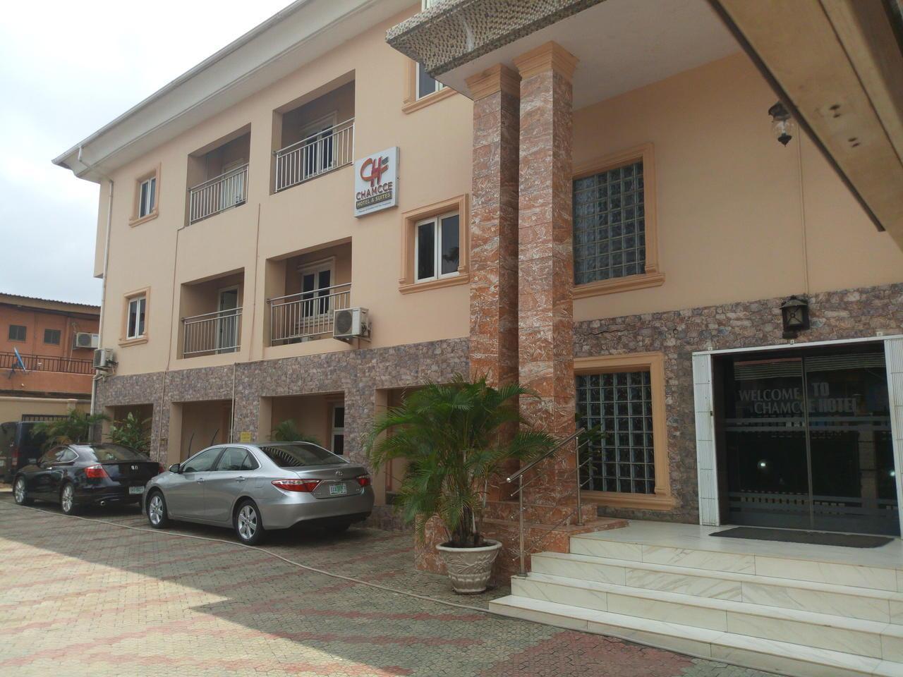 Chamcce Hotel, Mushin