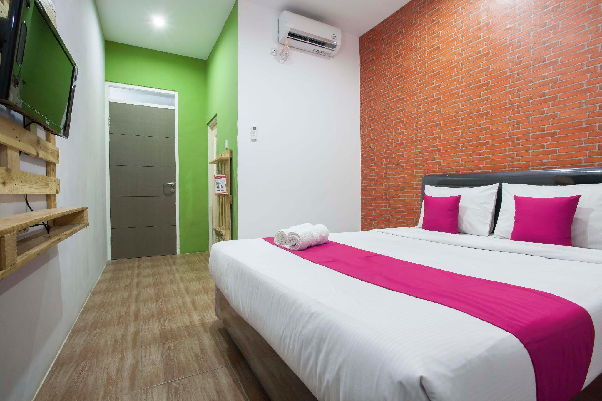 Hotel B Walk, Malang