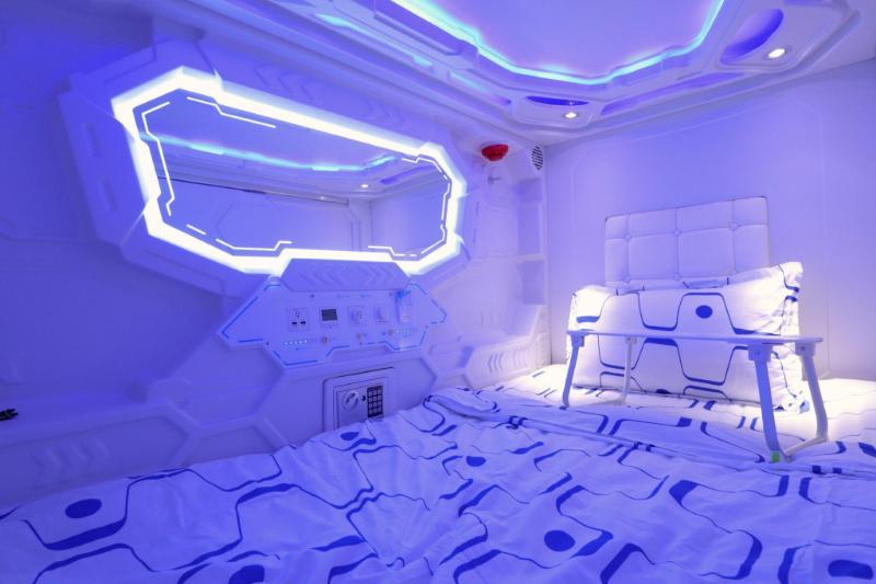 JC太空膠囊旅館