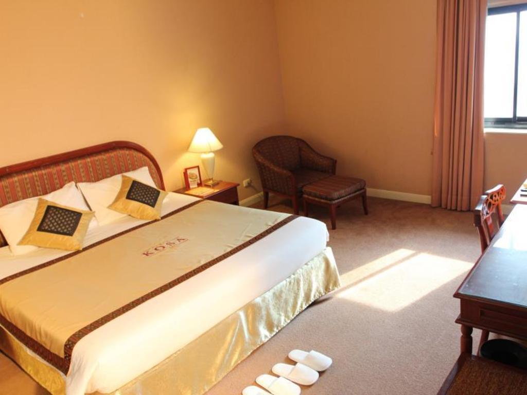 コサ ホテル4