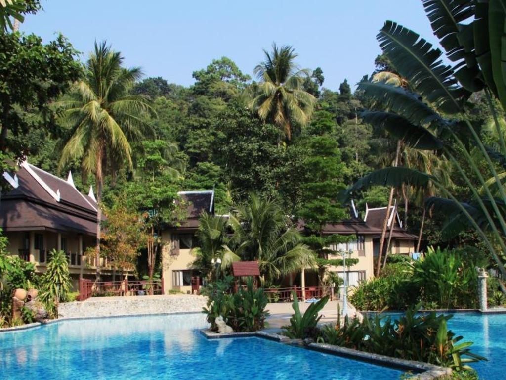 ブミヤマ ビーチ リゾート1