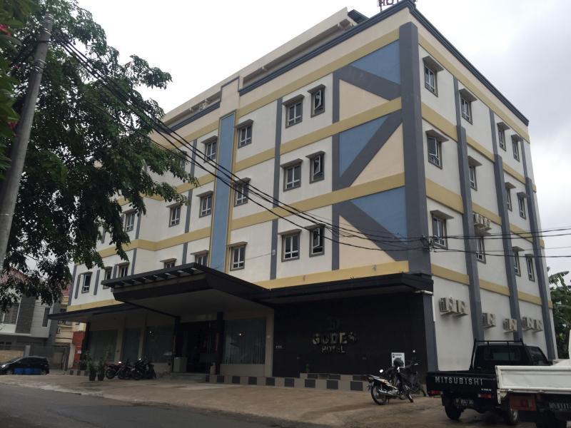 Godes Hotel, Batam