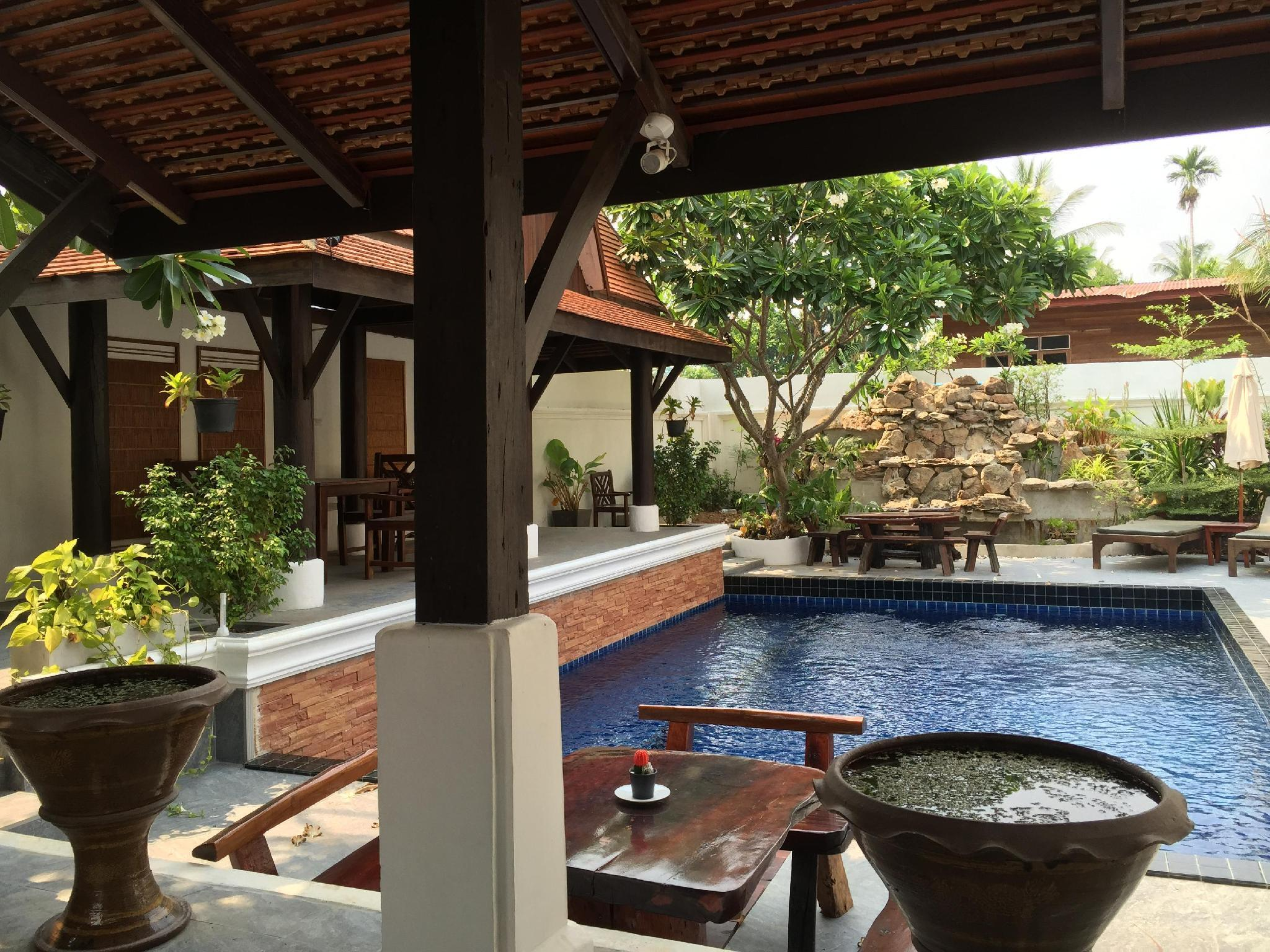 Staying as part of the family in this lovely villa is Fascinating and Fun. - 32557426, Kantharalak