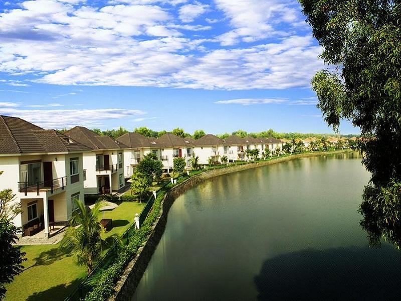 Lakeview Villas and Vietnam Golf Club - Ho Chi Minh City, Quận 9