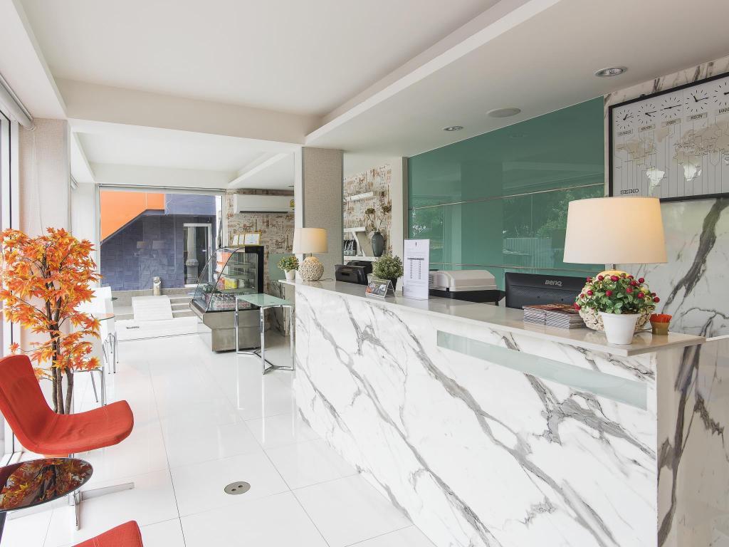 ソロ エクスプレス バンコク ホテル8