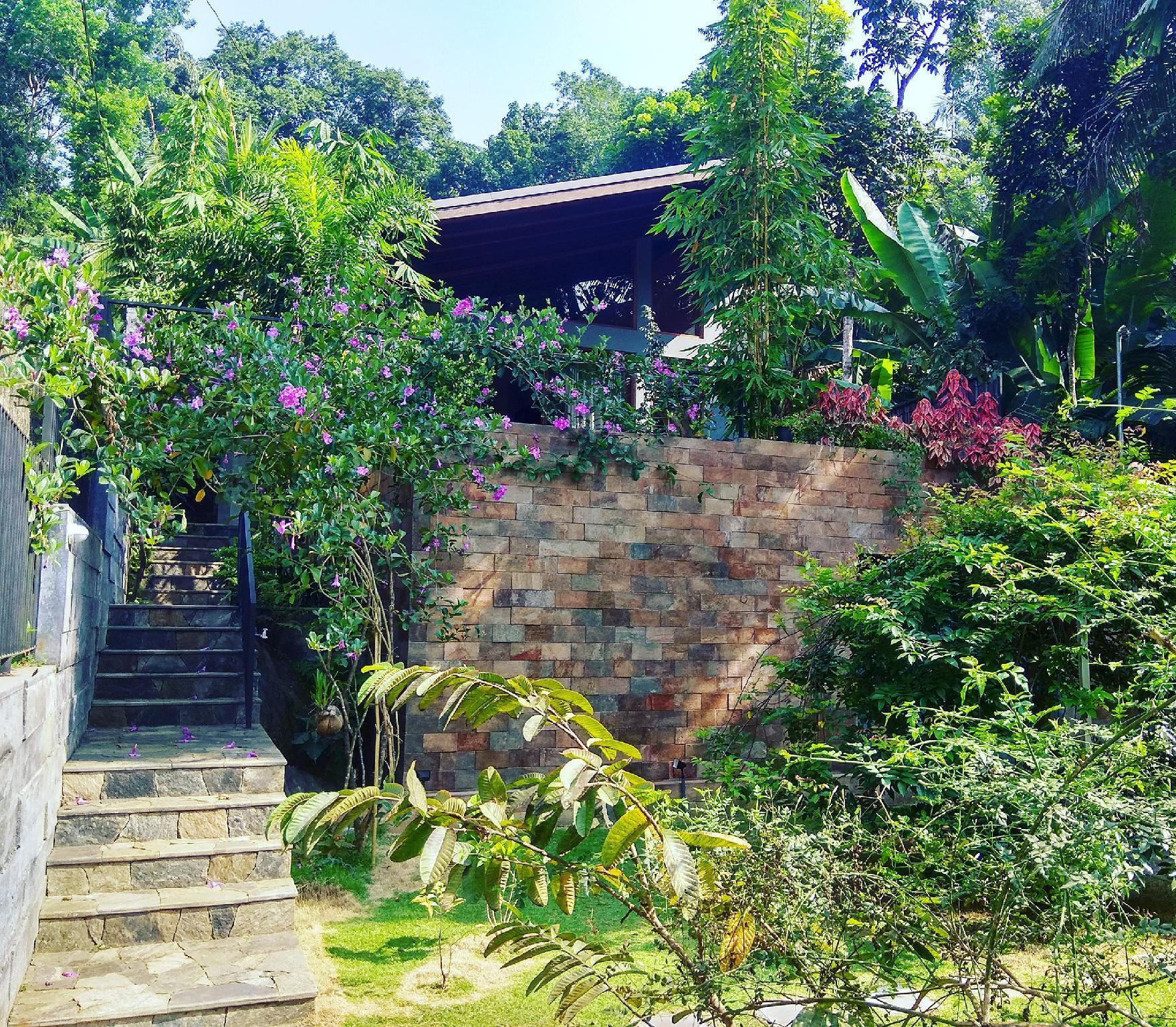 Nisala Villa Kandy, Harispattuwa