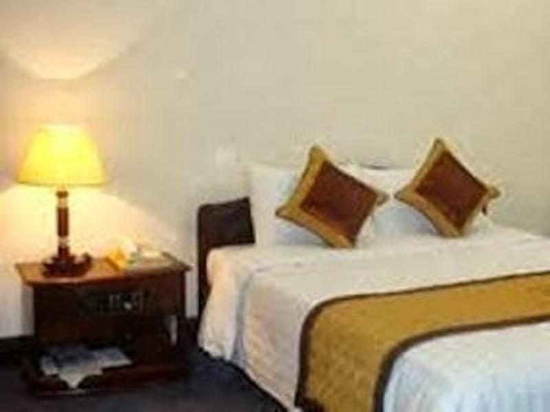 Dong Phong Hotel, Vĩnh Tường