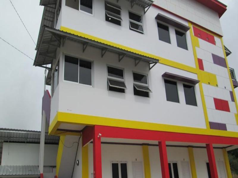 Emweka Guest House n Pavillion, Balikpapan